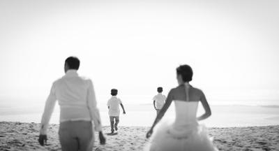 dune Pilat famille de dos coucher de soleil